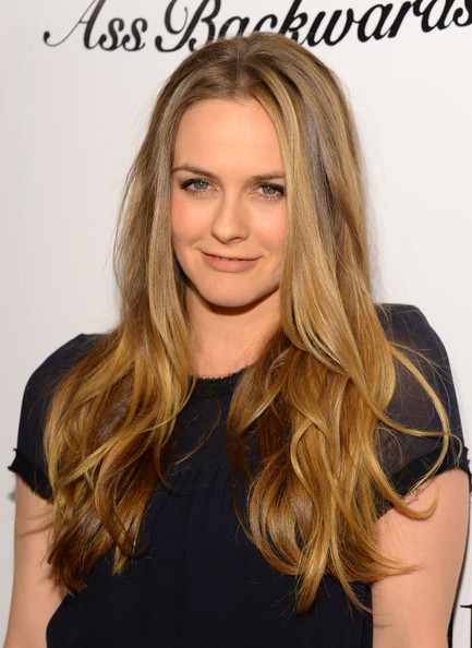 5 Celebrities Who Prefer Natural & Organic Beauty Products_1