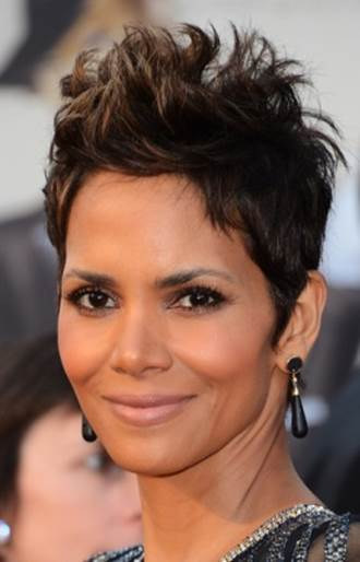 5 of Halle Berry's Top Anti-Aging Secrets_5