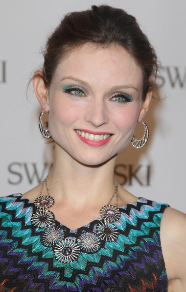 Sophie Ellis-Bextor Collaborates With Pretty Polly for Tights Collection_1