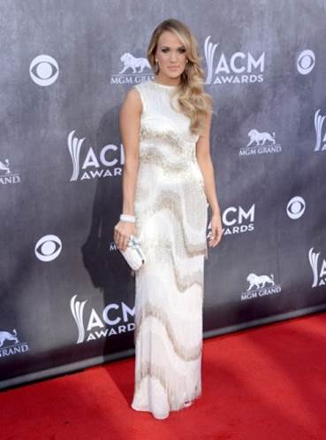Carrie Underwood to Launch Lifestyle Clothing Collection_2