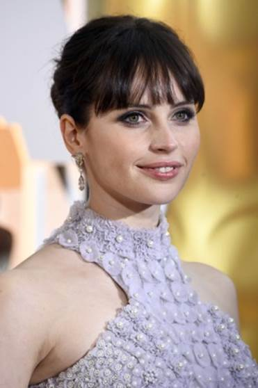 5 of Felicity Jones' Makeup, Skin & Beauty Secrets