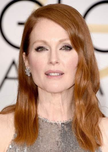 "Julianne Moore Felt ""Very Lucky"" to Wear Custom Givenchy Gowns"