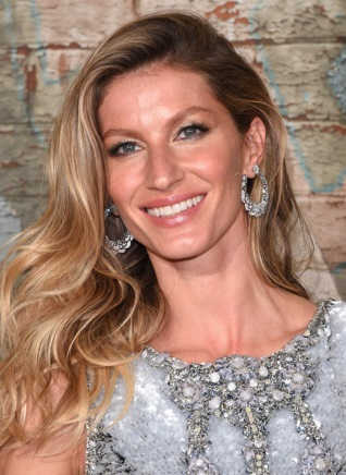5 of Gisele Bundchen's Best Beauty& Hair Secrets