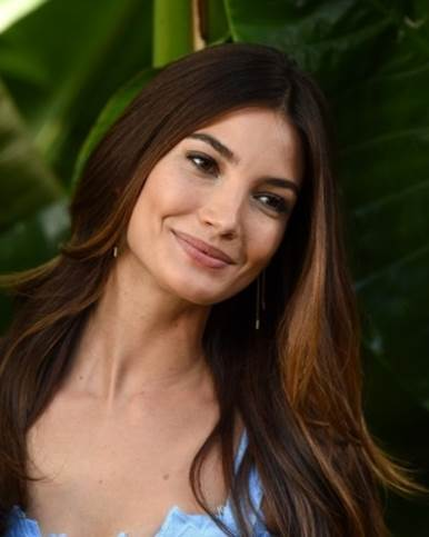 5 of Lily Aldridge's Best Skin & Makeup Secrets