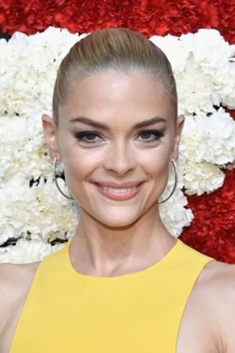5 of Jaime King's Best Makeup & Beauty Secrets