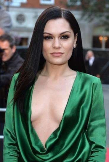 5 of Jessie J's Top Beauty & Makeup Tips