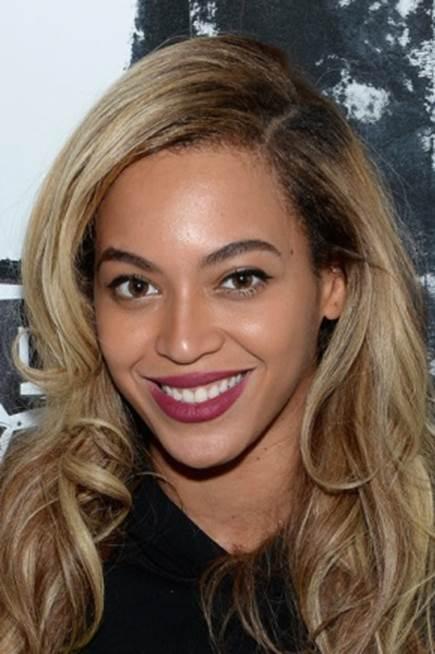 5 Stars on Their Favourite Lip Stains & Balms