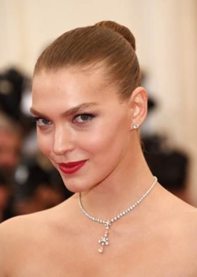 5 Top Models Share Their Beauty Secrets