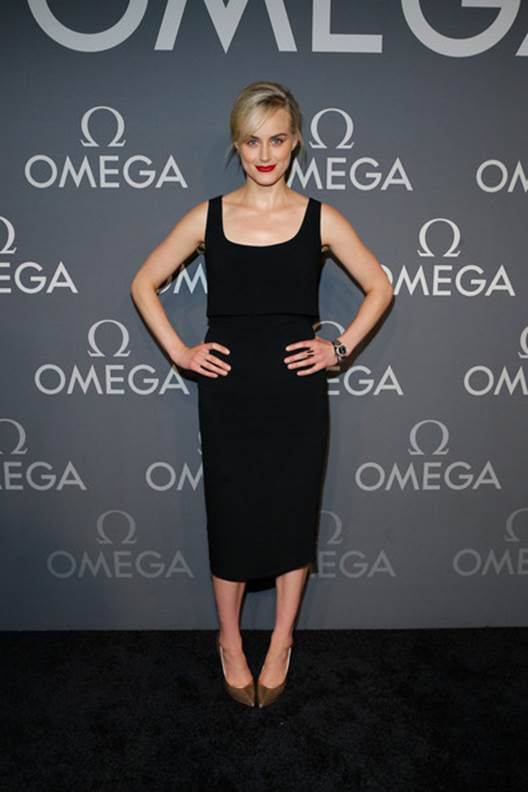 Taylor Schilling Shares Her Views on Beauty & Feeling Free Without Makeup